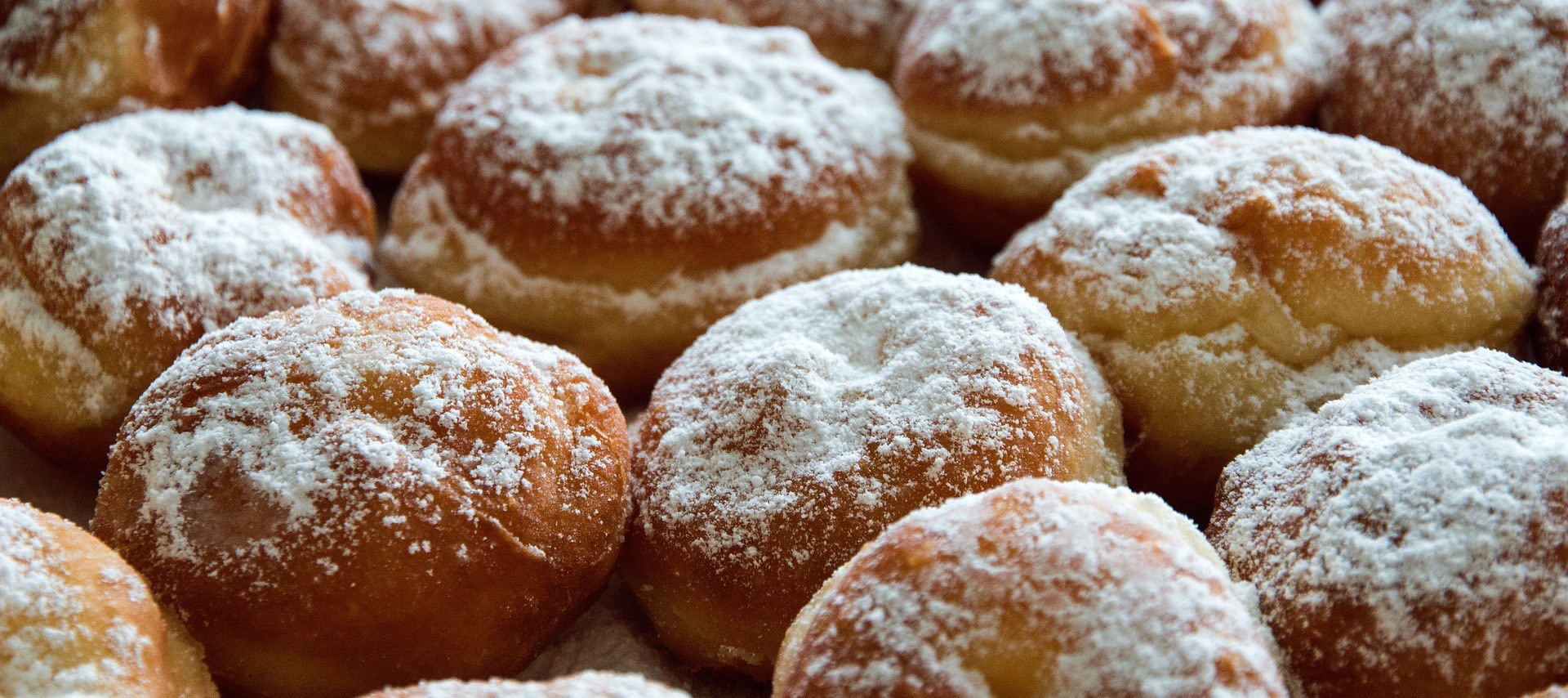Will You Be Eating Pączki Or Faworki For Polish Fat Thursday